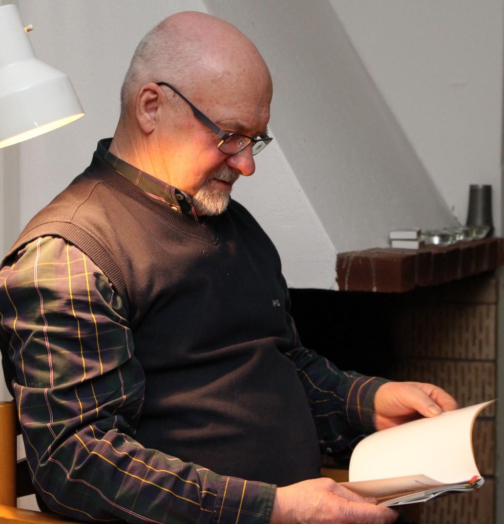 Christer läser om fiber